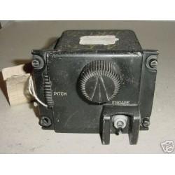 RCAF Vintage Warbird Autopilot Flight Controller, WG182D2