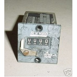 Aircraft Fuel Consumed / Totalizer Indicator, AT-204-17